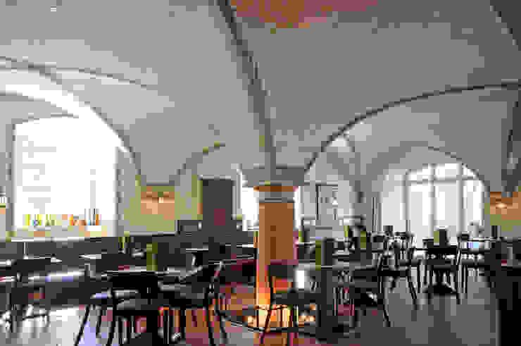 Gewölbe Wirtshaus Marieneck Seidel+Architekten Rustikale Gastronomie