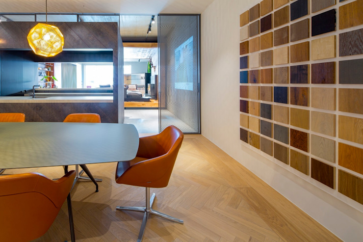 Hakwood Studio commercial (conference room) Modern commercial spaces by Hakwood   Great Flooring Stories Modern