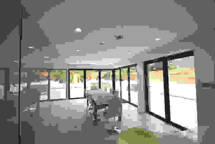 Clifton Road – Period Refurbishment Nic Antony Architects Ltd Ruang Makan Modern