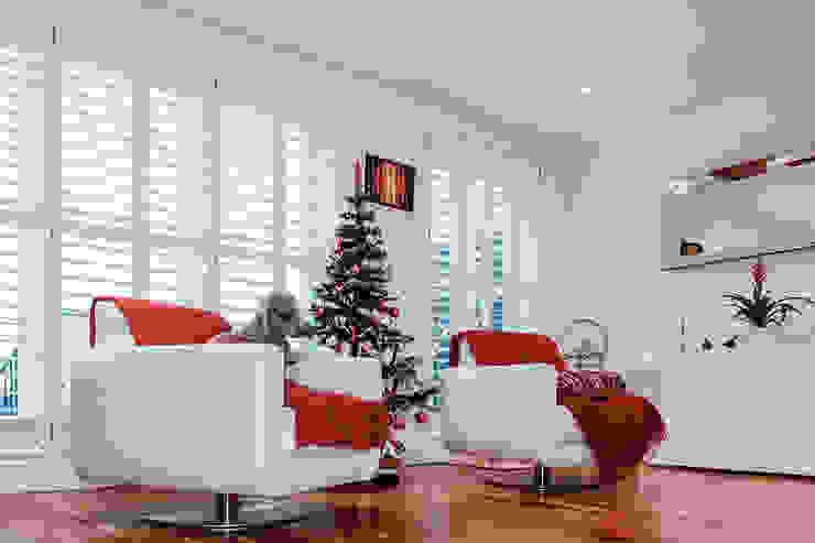 Interior House Remodelling, London E14 Nic Antony Architects Ltd Classic style living room