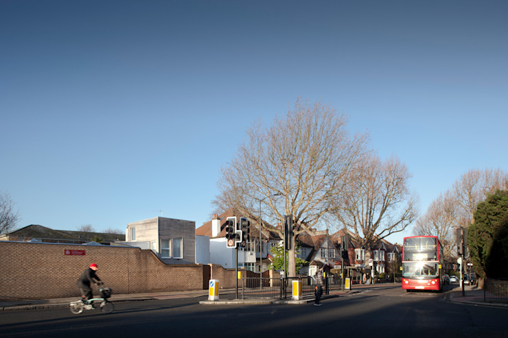 The Camberwell Curve by Nic Antony Architects Ltd Сучасний