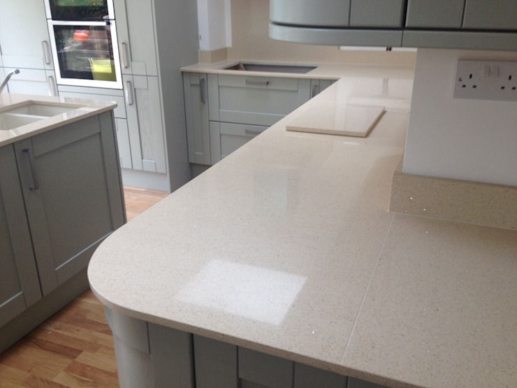 CimStone Sines Quartz Worktops Classic style kitchen by Marbles Ltd Classic