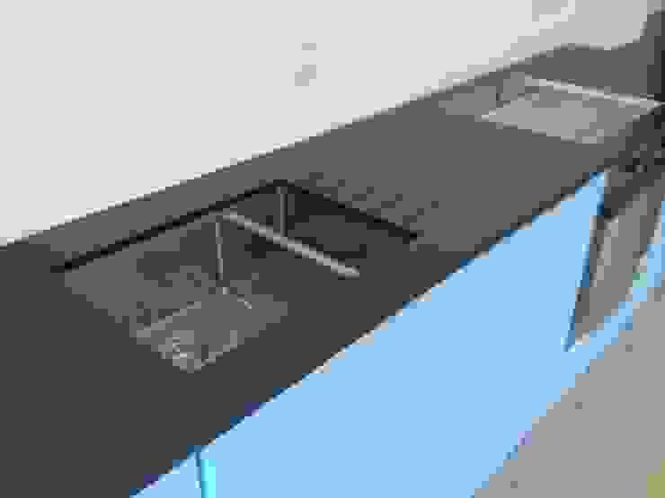 Leathered Black Granite Worktops Modern kitchen by Marbles Ltd Modern