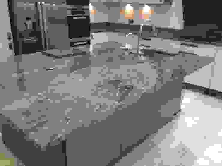 Silver Forest Granite Worktops Modern kitchen by Marbles Ltd Modern