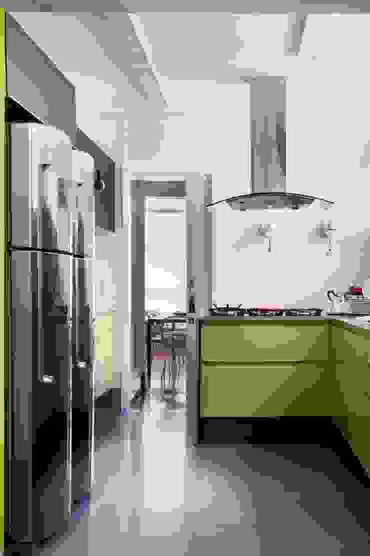 Apto. Jardim Paulistano – <q>Atemporal</q> Cozinhas modernas por AMMA PROJETOS Moderno