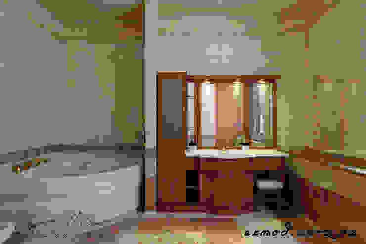 Дизайн ванной комнаты. Ванная в классическом стиле от homify Классический