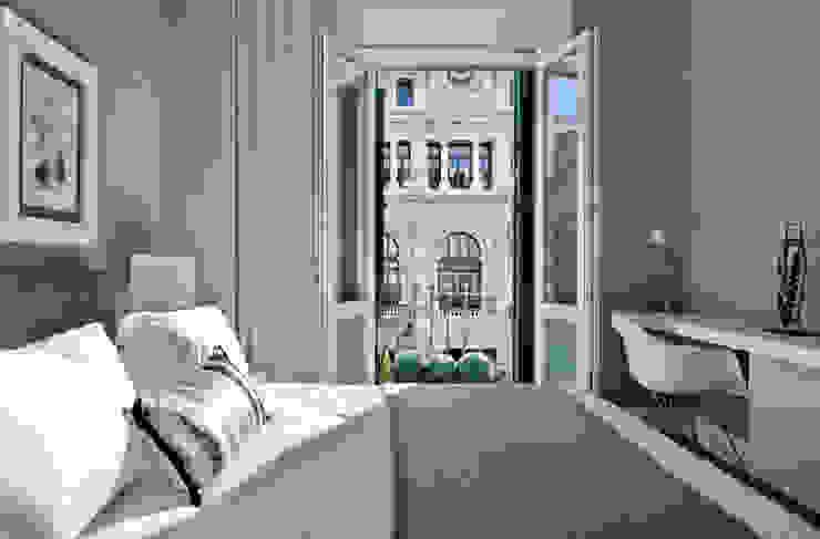 VIVIENDA CENTRO DE BILBAO Dormitorios de estilo ecléctico de SILVIA REGUERA INTERIORISMO Ecléctico