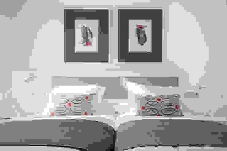 VIENDA CENTRO BILBAO Dormitorios de estilo ecléctico de SILVIA REGUERA INTERIORISMO Ecléctico