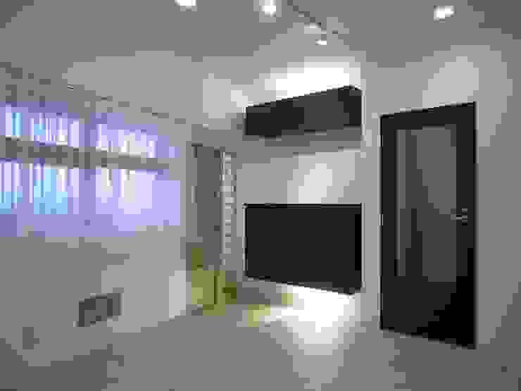 鵠沼の家 オリジナルデザインの テラス の 株式会社エキップ オリジナル