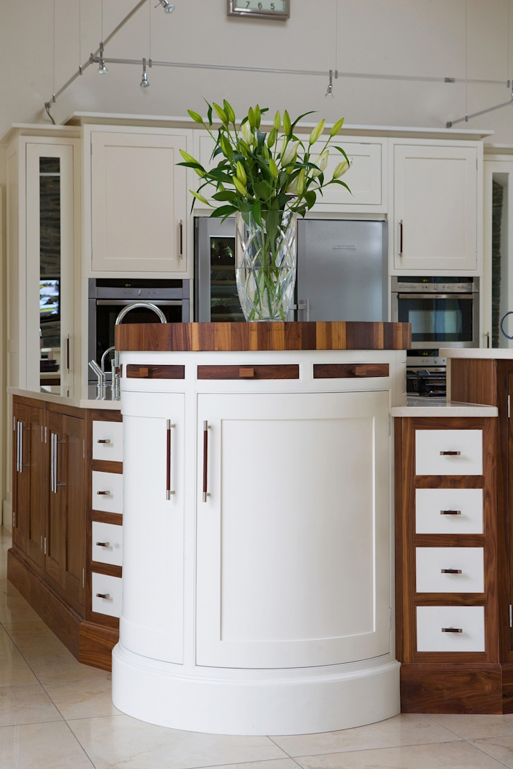 Contemporary Kitchens Ireland: eclectic  by Designer Kitchen by Morgan, Eclectic