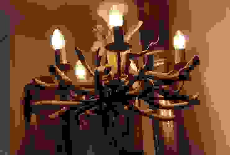 Driftwood chandeliers de homify Rústico