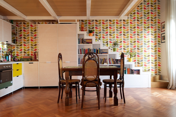 Cucina Bianca Moderna Con Tavolo Antico.10 Tavoli Antichi Per Infinite Combinazioni