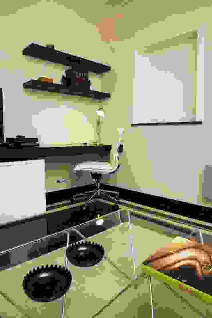 Sala de Estar_Zona de trabalho Salas de estar modernas por Traço Magenta - Design de Interiores Moderno