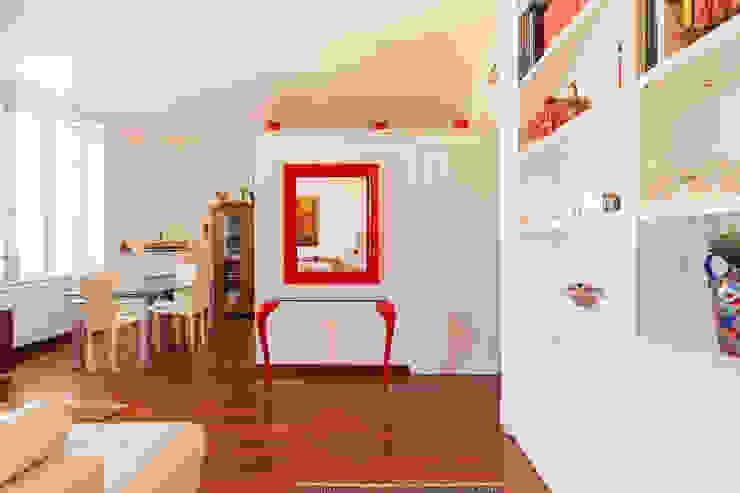 Modern dining room by Edi Solari Modern