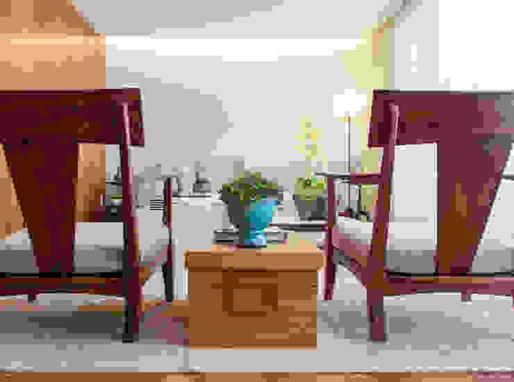 Modern Living Room by Très Arquitetura Modern