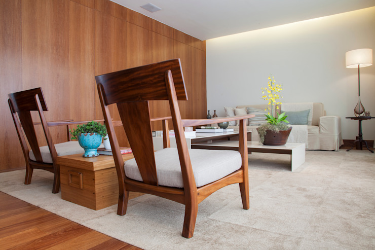Apartamento RC: Salas de estar  por Très Arquitetura