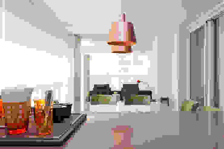 Apartamento RC Salas de jantar modernas por Très Arquitetura Moderno