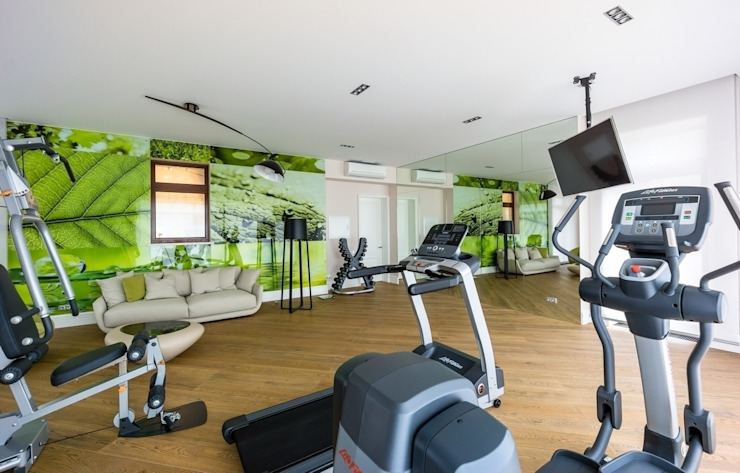 Modern gym by homify Modern