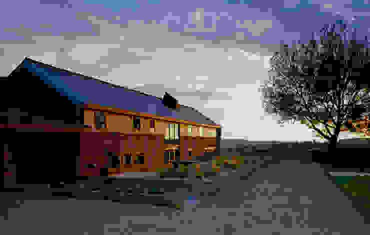 The Long Barn Landelijke huizen van Tye Architects Landelijk