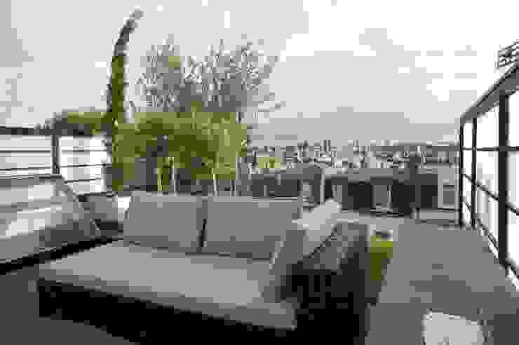 Fulham Roof Terrace Balcones y terrazas de estilo minimalista de Organic Roofs Minimalista