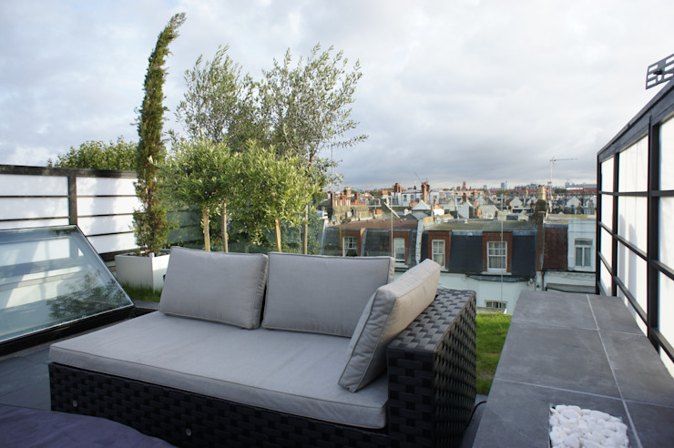 Fulham Roof Terrace Minimalist balcony, veranda & terrace by Organic Roofs Minimalist