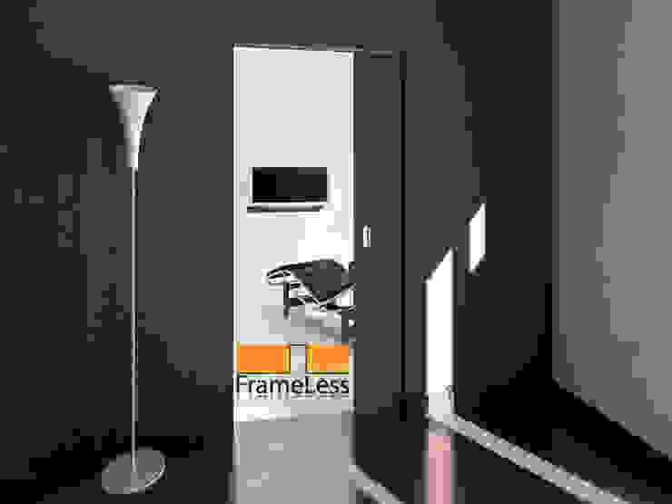 Casoneto mod. Frameless Puertas y ventanas de estilo minimalista de PUERTAS CALVENTE S.C.P. Minimalista