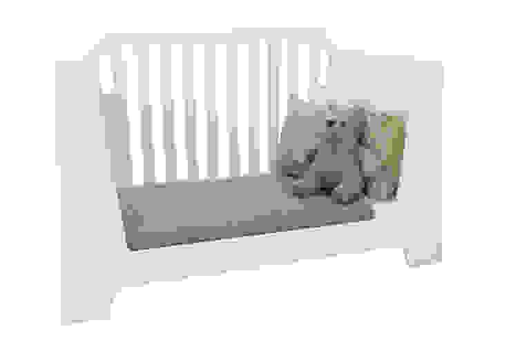 ledikant STERK:  Kinderkamer door ukkepuk meubels ,