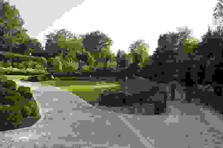 Jardines de estilo clásico de ADS Studio di Architettura Clásico