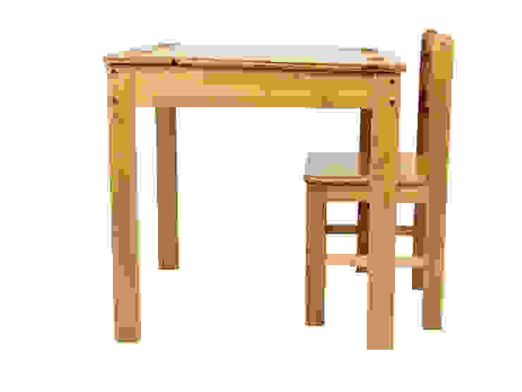 Childrens Table and Chair: modern  by Finoak LTD, Modern