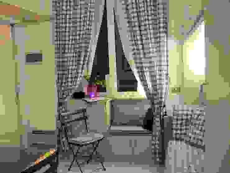Prima - Lato finestra di Cini Liguori Home Stager