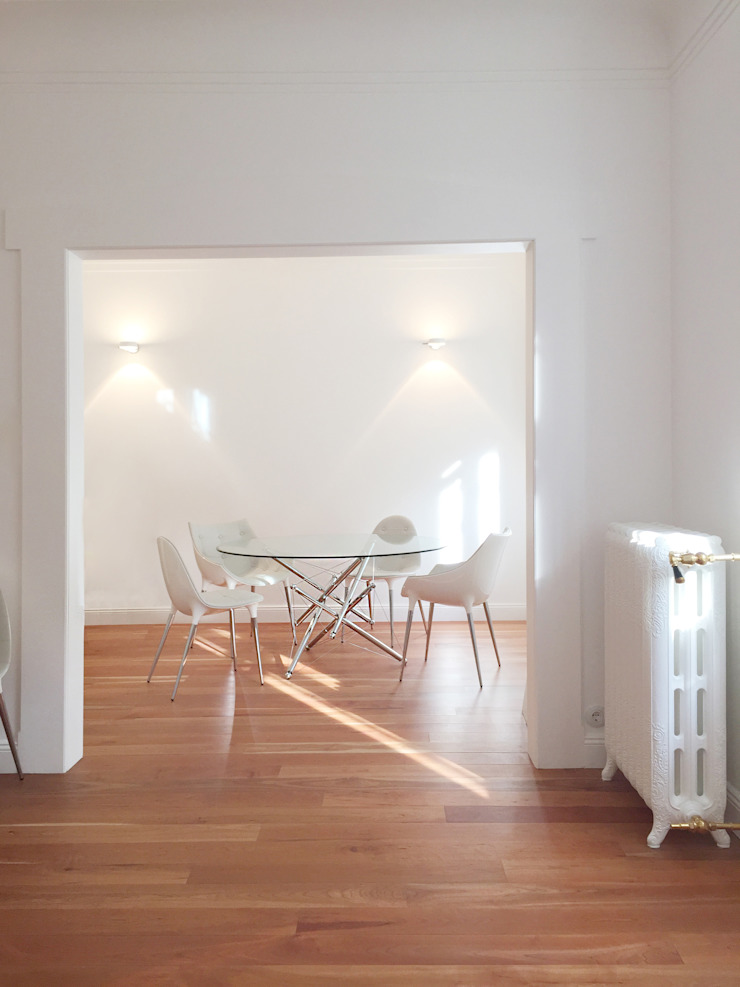 Comedores de estilo moderno de Karl Kaffenberger Architektur   Einrichtung Moderno