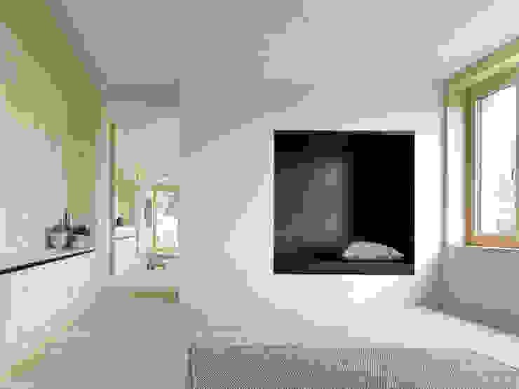Projekty,  Salon zaprojektowane przez Innauer-Matt Architekten ZT GmbH, Nowoczesny