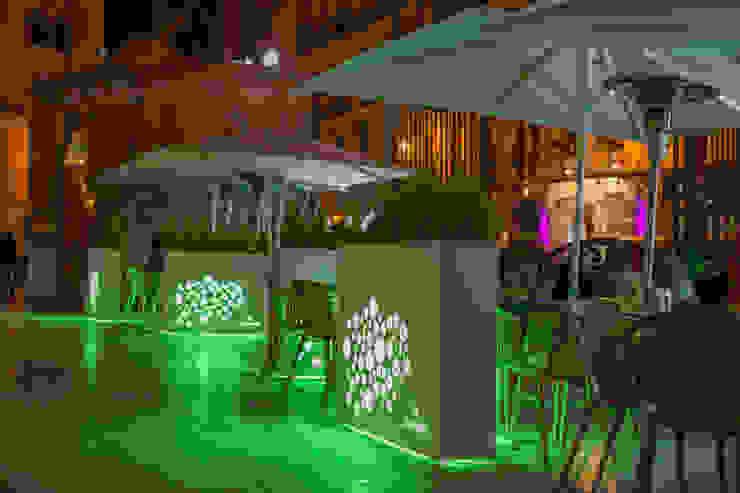 Vino y Flores Bares y clubs de estilo mediterráneo de Conca y Marzal Mediterráneo