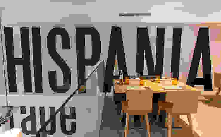 Tapería Hispania Bares y clubs de estilo rústico de Conca y Marzal Rústico