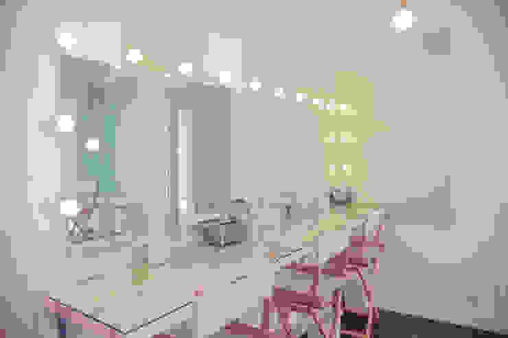 Escuela de maquillaje Bajobé Escuelas de estilo mediterráneo de GARCIA HERMANOS Mediterráneo