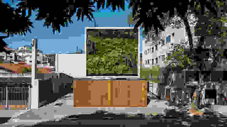 Modern Houses by Tacoa Modern
