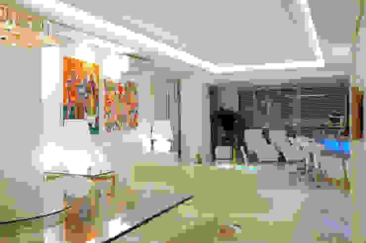 Apartamento Cond. Solar do Mar Salas de estar modernas por Mantovani e Rita Arquitetura Moderno