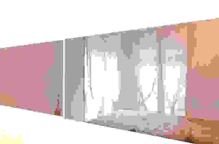Moderne slaapkamers van micheladesalvadori architetto Modern
