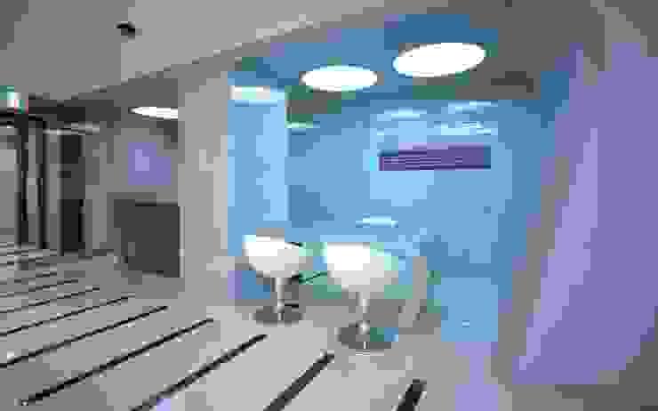 스타키 코리아 Starkey Korea 모던 스타일 전시장 by 참공간 디자인 연구소 모던