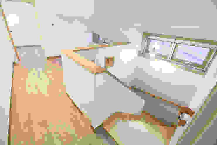 하남주택의 다락 모던스타일 아이방 by 주택설계전문 디자인그룹 홈스타일토토 모던