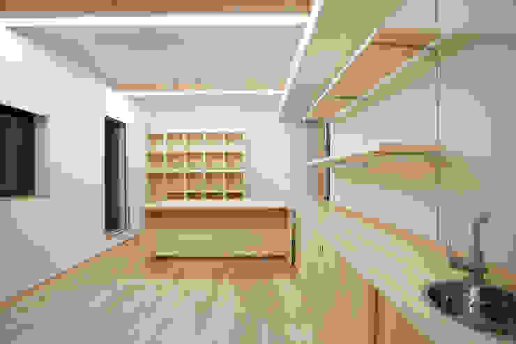 K-House モダンデザインの 書斎 の 一級建築士事務所オブデザイン モダン