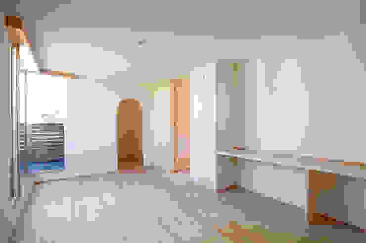 K-House モダンスタイルの寝室 の 一級建築士事務所オブデザイン モダン