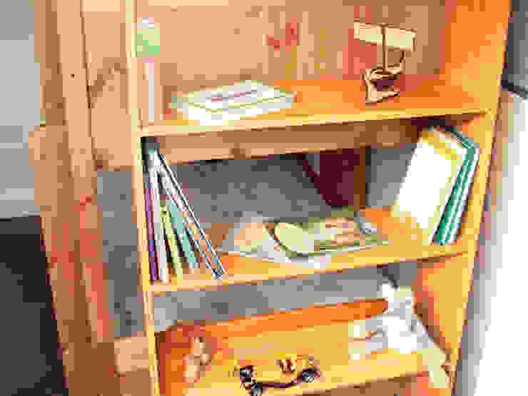 Bunk Bed Hanging Shelf: modern  by Finoak LTD, Modern