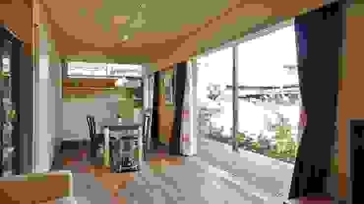 Danchi house ―どこにでもある団地の家― モダンな庭 の 一級建築士事務所オブデザイン モダン