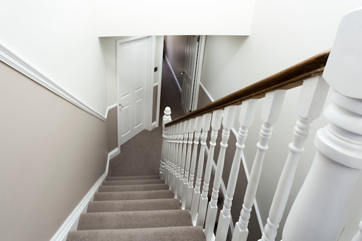 Staircase Affleck Property Services Modern corridor, hallway & stairs