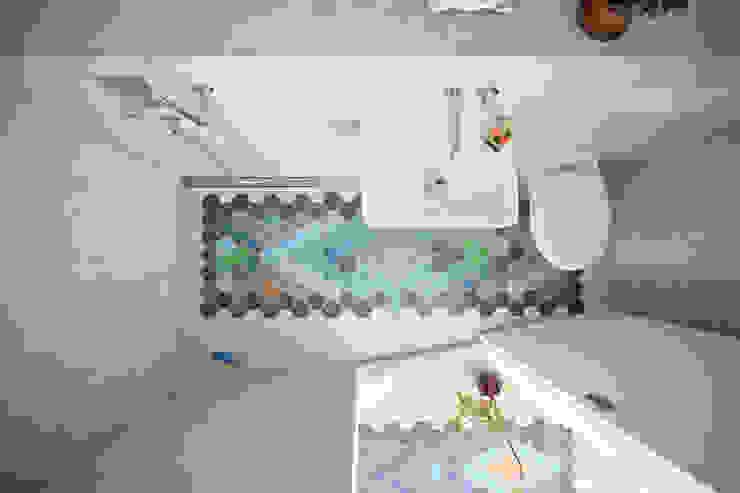 THE APPARTEMENT Minimalist bathroom by Bureau A Minimalist