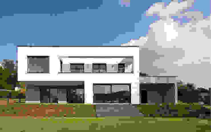 Gartenansicht Skandella Architektur Innenarchitektur Minimalistische Häuser