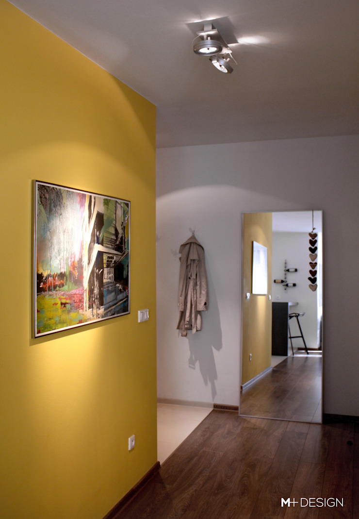 M+ DESIGN Marta Dolnicka Marchaj Minimalist corridor, hallway & stairs