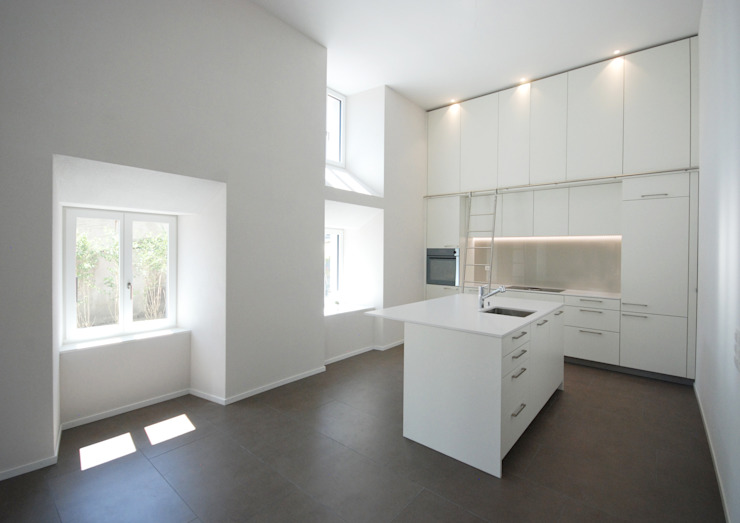 Кухня в стиле модерн от Bogen Design GmbH Модерн