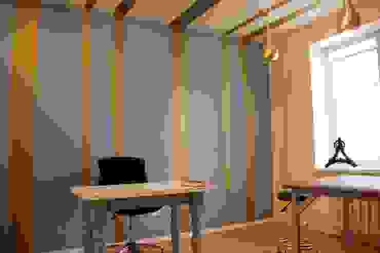 Кабинет для массажа Рабочий кабинет в эклектичном стиле от Anna Vladimirova Эклектичный
